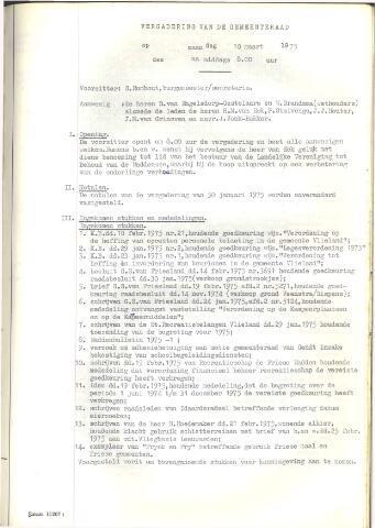 Raadsnotulen 1975