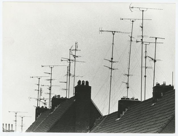 Daken met TV-antennes -