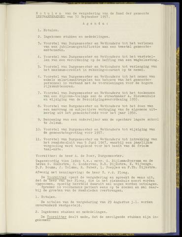 Notulen van de gemeenteraad van Leeuwarderadeel 1957-09-30