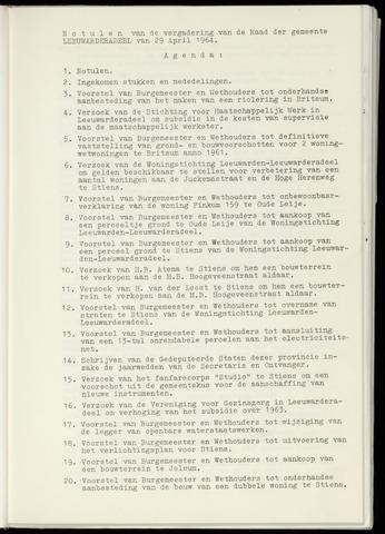 Notulen van de gemeenteraad van Leeuwarderadeel 1964-04-29