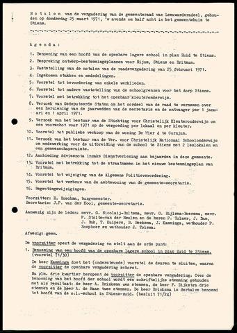 Notulen van de gemeenteraad van Leeuwarderadeel 1971-03-25