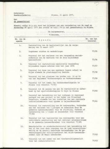 Notulen van de gemeenteraad van Leeuwarderadeel 1977-04-28