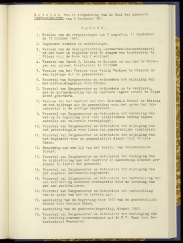Notulen van de gemeenteraad van Leeuwarderadeel 1961-12-08