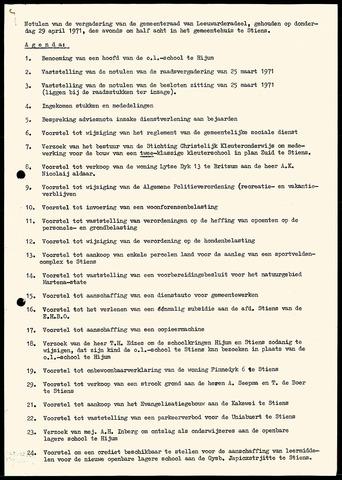 Notulen van de gemeenteraad van Leeuwarderadeel 1971-04-29
