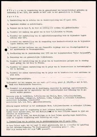 Notulen van de gemeenteraad van Leeuwarderadeel 1972-05-25