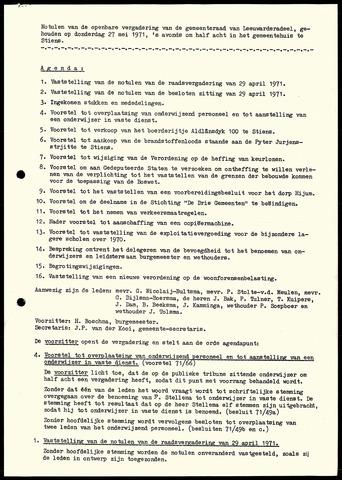 Notulen van de gemeenteraad van Leeuwarderadeel 1971-05-27