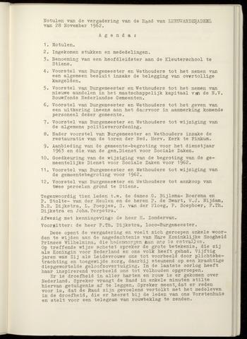Notulen van de gemeenteraad van Leeuwarderadeel 1962-11-28