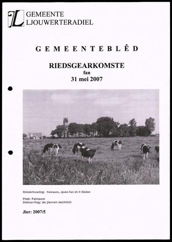 Notulen van de gemeenteraad van Leeuwarderadeel 2007-05-31