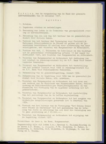 Notulen van de gemeenteraad van Leeuwarderadeel 1957-12-30