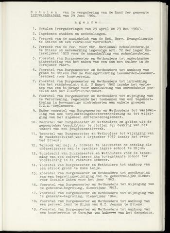 Notulen van de gemeenteraad van Leeuwarderadeel 1964-06-29