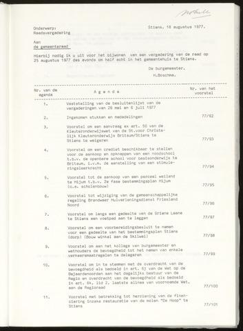 Notulen van de gemeenteraad van Leeuwarderadeel 1977-08-25