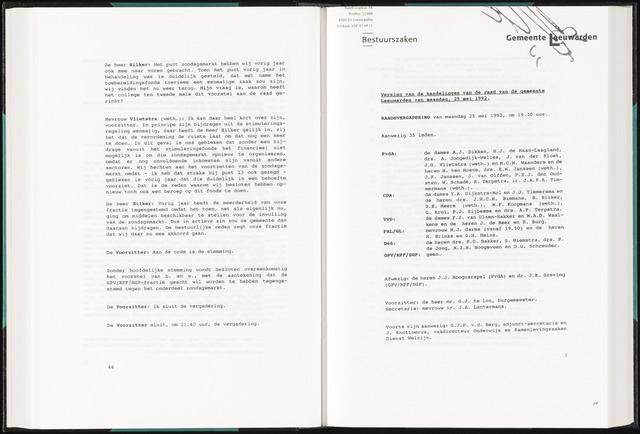 Raadsverslagen van de gemeente Leeuwarden, 1865-2007 (Notulen) 1992-05-25