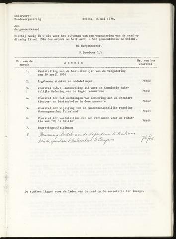 Notulen van de gemeenteraad van Leeuwarderadeel 1976-05-25