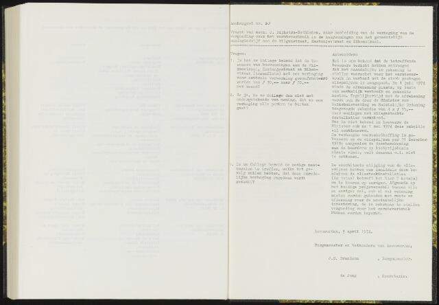Raadsverslagen van de gemeente Leeuwarden, 1865-2007 (Schriftelijke vragen) 1974
