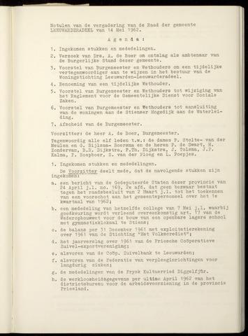 Notulen van de gemeenteraad van Leeuwarderadeel 1962-05-14
