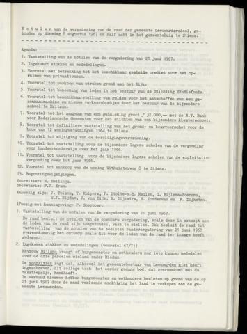 Notulen van de gemeenteraad van Leeuwarderadeel 1967-08-08
