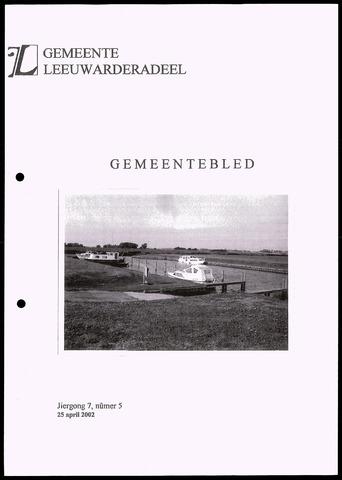 Notulen van de gemeenteraad van Leeuwarderadeel 2002-04-25