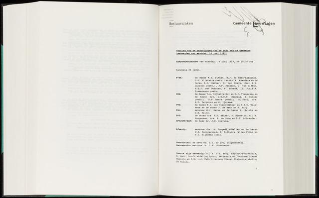 Raadsverslagen van de gemeente Leeuwarden, 1865-2007 (Notulen) 1993-06-14