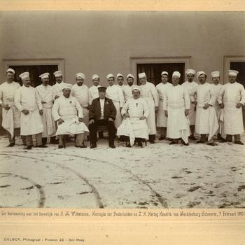 De keukenbrigade van Paleis Noordeinde, februari 1901