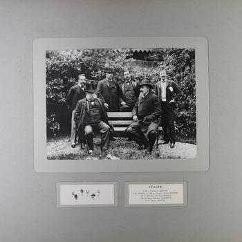 Groepsportret van de delegatie van Italië