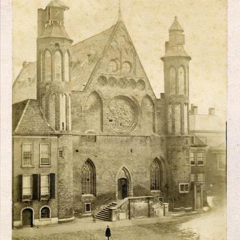 De Ridderzaal op het Binnenhof in Den Haag, voor 1860