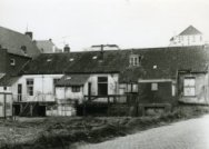 Achterkant van woningen aan de Abraham van Royenstraat
