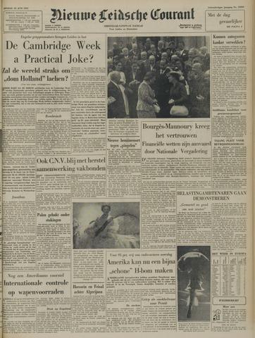 Nieuwe Leidsche Courant 1957-06-25