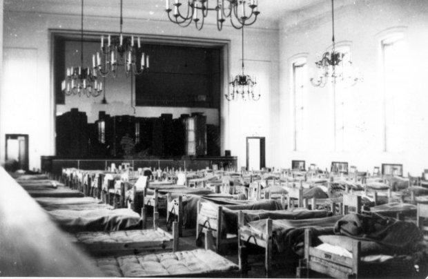 Beeldbank Nederlands Instituut voor Militaire Historie - Interieur ...
