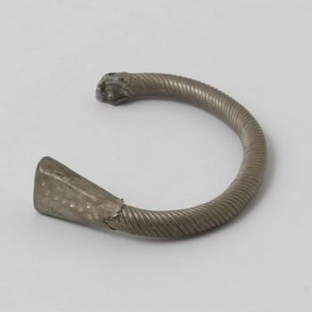 Armband voor een jonge bruid