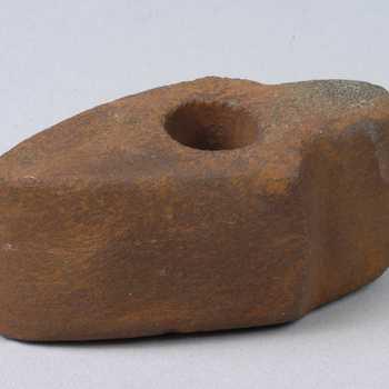 stenen hamer
