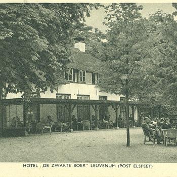 """Hotel """"De Zwarte Boer"""" Leuvenum"""