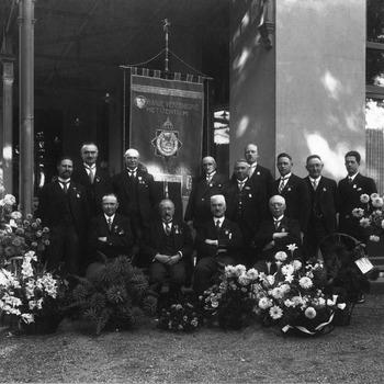 Vijftigjarig bestaan Oranjevereniging Het Centrum 1931