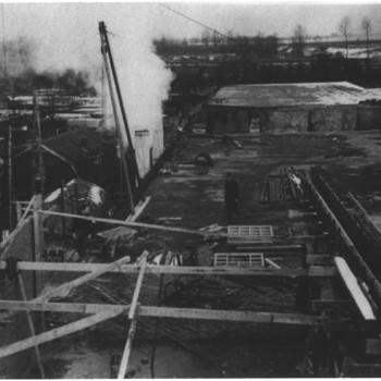 Tiel, Mij De Betuwe, oorlogsschade, 1944-1945, handel, industrie, nijverheid