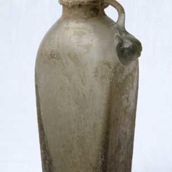 Fles van Romeins loodglas, 200-400