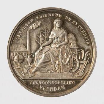Penning van zilver, uitgegeven t.g.v. de Landbouw, Tuinbouw en Nijverheid Tentoonstelling Veendam aan N. Verweij, apotheker/industrieel te Tiel, 1873