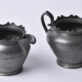 Roomstel van oud tin vervaardigd door Daalderop te Tiel, 1920-1940