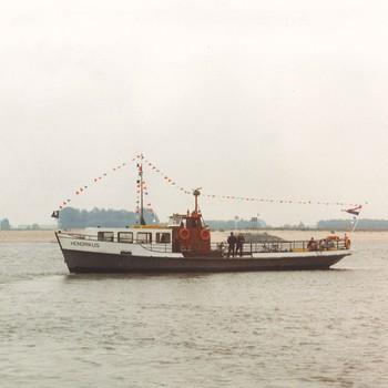 Veerpont Hendrikus op de Waal