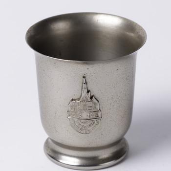 Beker van nieuw tin, vervaardigd door Metawa te Tiel, ca. 1958