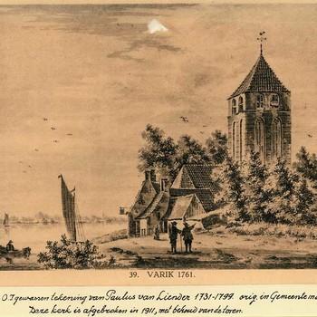 Reproductieprent, voorstellende kerk aan de dijk te Varik, naar tekening van Paulus van Liender, vervaardigd door Emrik & Binger te Haarlem, 1922