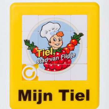 Puzzle van plastic, promotiespelletje van Flipje, 2013