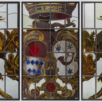 Glas-in-lood drieluik met alliantiewapen Torck-Van Hoorn
