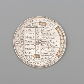 Zilveren calendarium