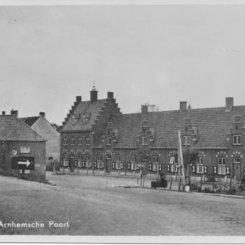 Arnhemsepoort met dijkafrit 1955 1960