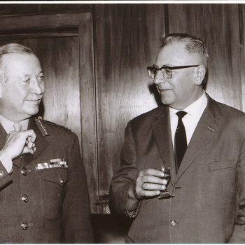 Generaal John Hackett