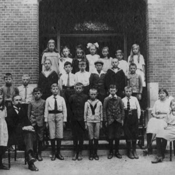 Otterlo - School- of klassefoto van lagere school in Otterlo