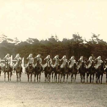 Militairen; Carousel rijden