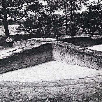 Lunteren - Opgraving van een grafheuvel