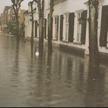 Ede - wateroverlast Not. Fischerstraat