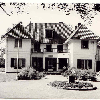 Lunteren - 'Ons Landhuis'