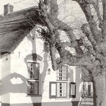 Lunteren - Boerderij 'De Lindeboom'